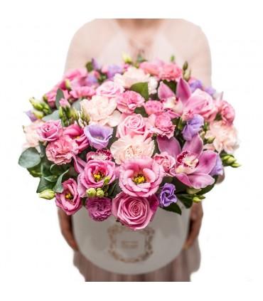 Wiaderko z 20 różowymi tulipanami -10%